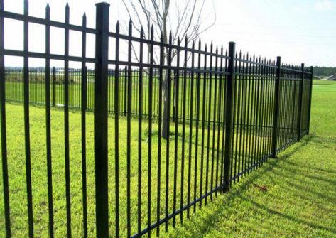забор из профильной трубы в Калуге